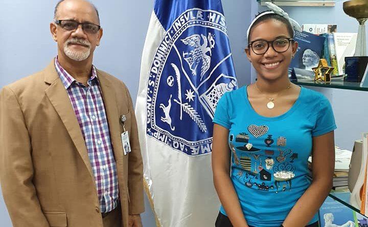 Estudiante UASD Santiago gana premio Centroamericano a la Excelencia Académica.