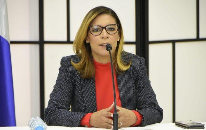 María Estela de León: Es hora del relevo generacional
