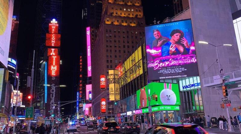 Marko es reconocido en Nueva York con pantalla en Times Square