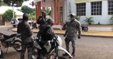 Por amenazas dirigentes PRM militarizan gobernación de Dajabón