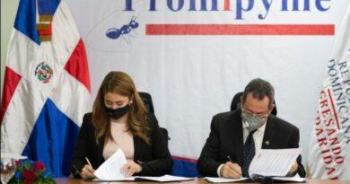 Promipyme y Prosoli firman acuerdo a favor de familias en condición vulnerable