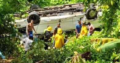 Sistema 9-1-1 asiste accidente de autobús en la carretera Sánchez-Samaná