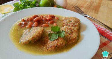 Receta de Tortitas de atún en salsa verde