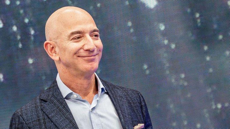 La tres preguntas que se formula Jeff Bezos antes de contratar nuevos empleados en Amazon