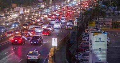 Banreservas financiará vehículos híbridos y eléctricos en Expomóvil 2020