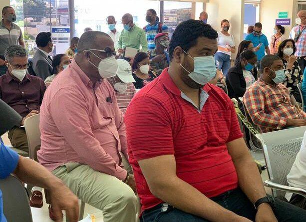 Cancelan empleados del Estado en condiciones de vulnerabilidad