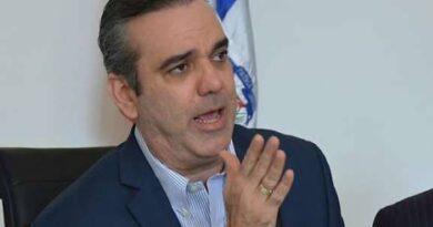 Abinader debe convocar al CNM para sustituir a 10 jueces; necesitaría consenso