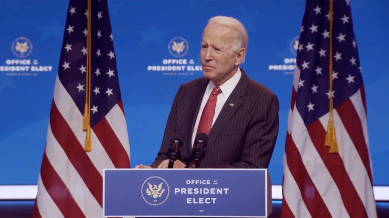 """Biden aseguró que a EEUU le espera un """"invierno oscuro"""" pero descartó un """"cierre nacional"""" para frenar la pandemia"""