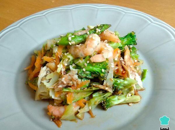 Camarones salteados con verduras