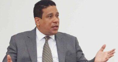 Carlos Pimentel estuvo a punto de no aceptar Dirección Contrataciones Públicas