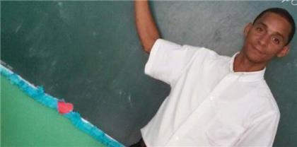 Dictan prisión preventiva a maestro acusado de abusar sexualmente de una estudiante en SFM