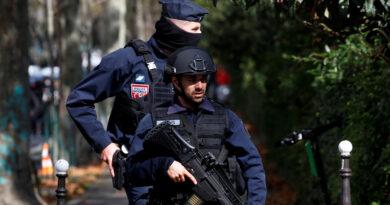 """Reportan la detención en Francia de un hombre que amenazaba a los maestros de una escuela con que """"pagarán"""" en el nombre de Alá"""