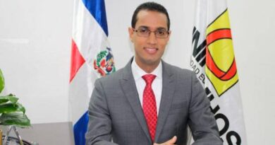 Universidad Eugenio María de Hostos presenta plan para elevar profesionales de enfermería en RD