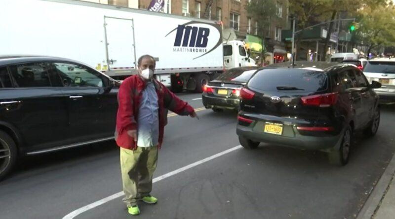 Le roban el carro a una cuadra de cuartel en el Alto Manhattan a un taxista dominicano