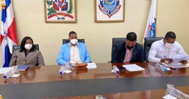 Consejo DE REGIDORES DE BOCA CHICA SECCIONA POR PRIMERA VES DIA DE NOCHE BUENA