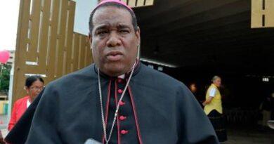 """Obispo de Higüey: """"Las autoridades bajaron la guardia en centros de diversión"""" con el COVID-19"""