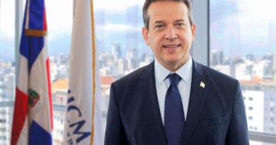 Ministro Bisonó valora aprobación de la Ley de Proindustria como herramienta clave para el impulso de los sectores productivo
