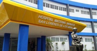 SNS cuenta con capacidad de respuesta para embarazadas con COVID-19 en maternidad de Los Mina