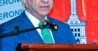 UDESA lamenta fallecimiento Adriano Miguel Tejada