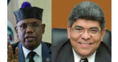 Vargas cuestiona a Fernando Rosa: ¿Si yo tuviera una fundación, sin ser apellido Medina, hubiese sido favorecido?