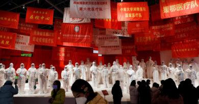 El jefe de la OMS, ''decepcionado'' de que China aún no apruebe el ingreso de expertos que investigan el origen de la pandemia