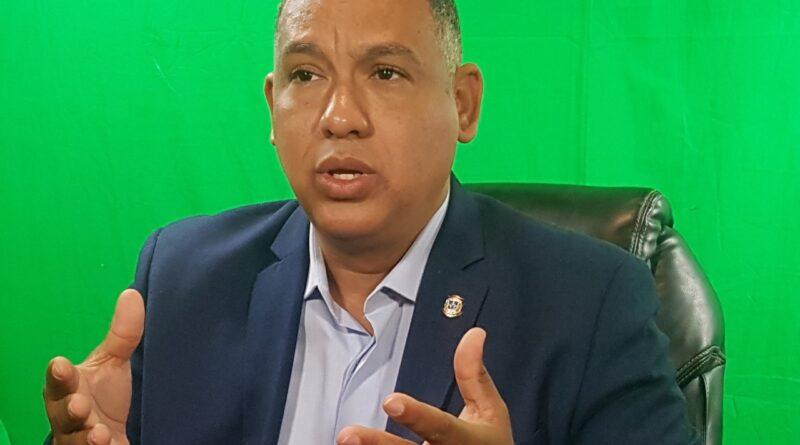 """Diputado Alexis Jiménez: """"Quien lance ácido del diablo podría ser condenado hasta con 50 años de prisión"""""""
