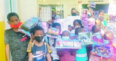 Fundación Blandino entrega juguetes a niños