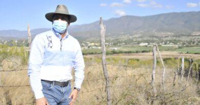 Ministro Limber Cruz recorre zonas agropecuarias de San Juan; supervisa estado de cultivos y responde a necesidades de productores