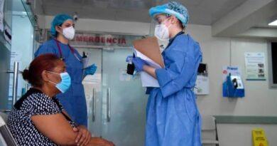 Se incrementan las hospitalizaciones por COVID-19 en Santiago