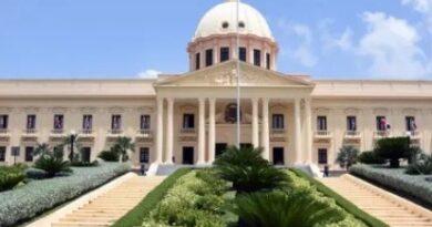 Abinader designa equipo de abogados para recuperar patrimonio público sustraído