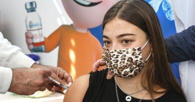 Israel comenzó a vacunar contra el coronavirus a los adolescentes