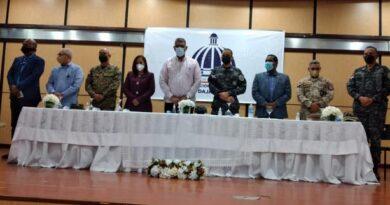 Ministro de Interior se reúne con altos mandos policiales y militares para frenar masivo robo de ganado en la frontera