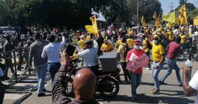 Las protestas de Pedro Botello en reclamo de la liberación del 30 % de los fondos de pensiones
