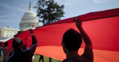 Cámara de Representantes aprueba ley de igualdad para detener la discriminación LGBTQ