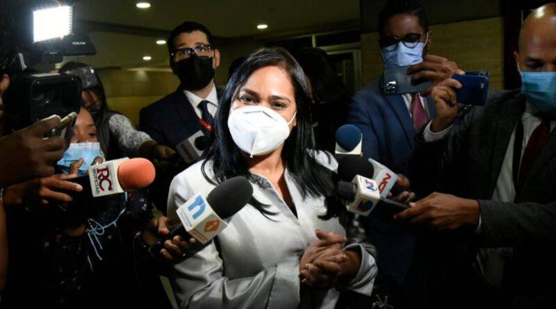 """""""Bendiciones para todos», dice pastora tras ser interrogada por nexo con exjefe de seguridad de Danilo"""