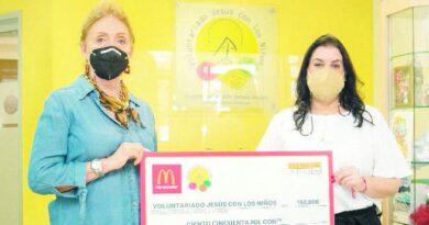 McDonald's Santiago llena las alcancías Voluntariado