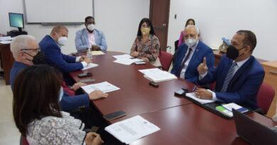 Diputados analizan con SISALRIL proyecto busca que ARS devuelvan recursos recibidos durante estado de excepción