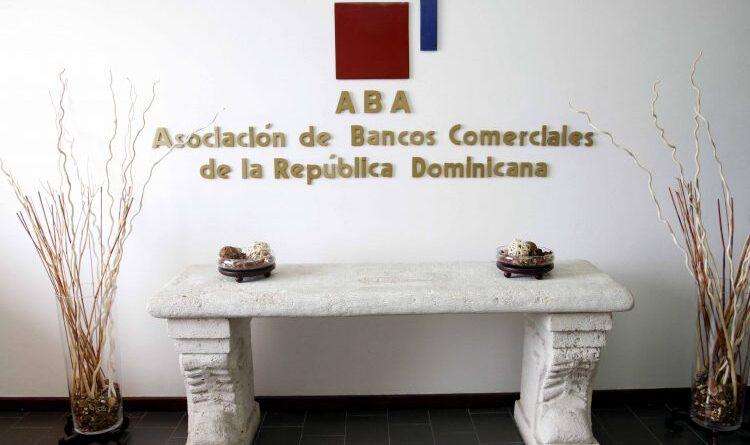 Los depósitos bancarios en República Dominicana crecieron 17.63% en 2020