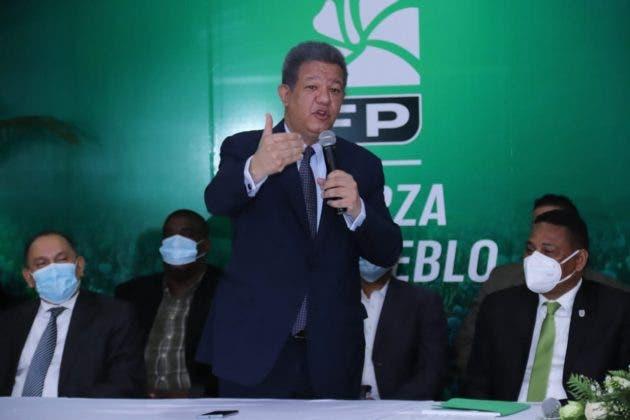 Leonel Fernández insta al gobierno a explicar cuándo llegará la vacuna contra el COVID-19