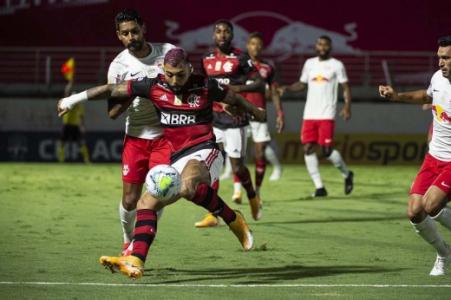 Isla falla, Flamengo empata con RB Bragantino y pierde oportunidad de tomar el liderazgo del Brasileirão