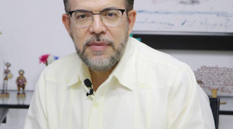 Guillermo Moreno rechaza explotación minera en Loma Miranda
