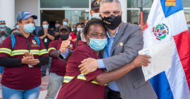 ALCALDE MANUEL JIMÉNEZ AUMENTA HASTA 150% AL SALARIO DE OBREROS, POLICÍAS MUNICIPALES, CHÓFERES Y PERSONAL DE SERVICIO DEL AYUNTAMIENTO