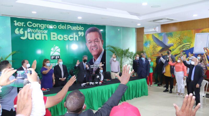 Leonel Fernández emplaza al gobierno explicar plan de vacunación contra el covid-19