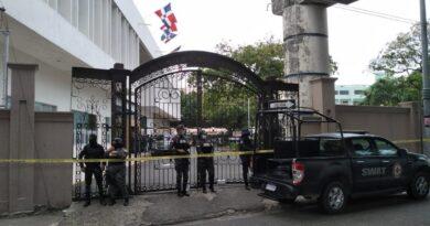 Más de 23 fiscales y 150 policías participan en allanamiento a la Cámara de Cuentas