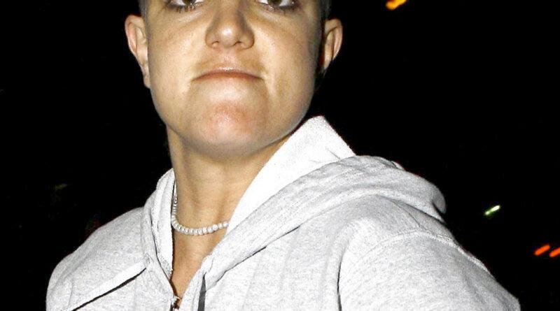 PRINCESA DEL POP ¿Cuándo se afeitó Britney Spears la cabeza?