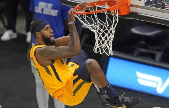 El Jazz resiste ofensiva de los Pistons y se llevan la victoria