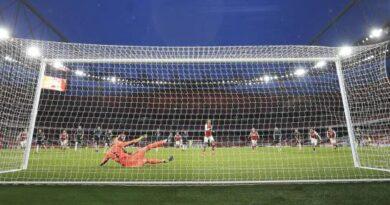 El Manchester United tropieza en West Brom y ve más lejos al City