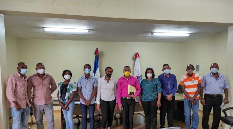 EL Ministerio de Administración Publica (MAP) y el Ayuntamiento de Boca Chica, Juramenta la Asociación de servidores Públicos