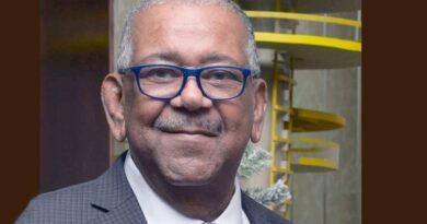Presentador de TV Ramón Aníbal Ramos sigue en estado crítico en hospital de Queens tras paro cardíaco después de cenar