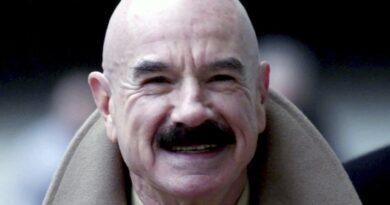 Murió a los 90 años G.Gordon Liddy, el ladrón de Watergate que se convirtió en un polémico conductor de radio